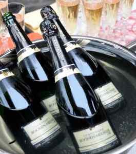 bouteilles-champagne-verres